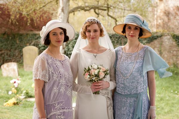 Lady Sybil, Edith e Mary Crawley