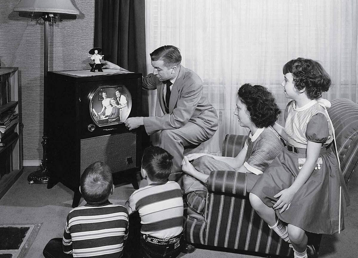 TV faz 80 anos e eu pergunto: o que mudou?